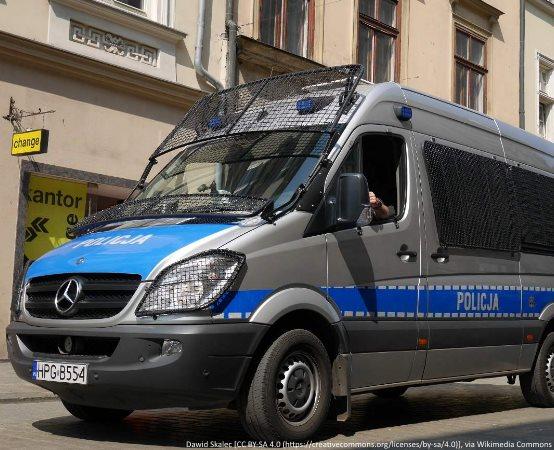 Policja Gliwice: Rowerzyści, uważajcie na psy!